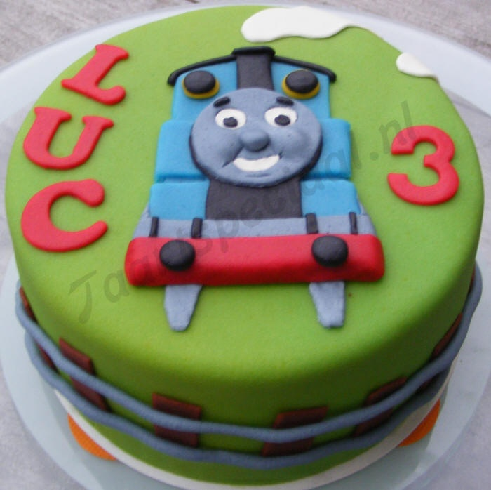 1000 images about Thomas and friends Cake on Pinterest