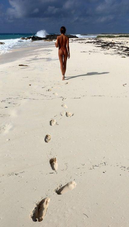 Fkk strand mädchen