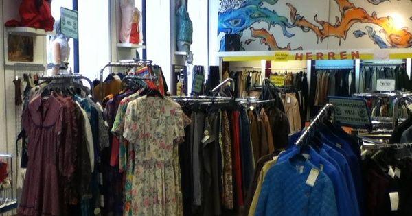 Humana In Vienna Thrift Shop Vienna Shopping Vienna Vintage Outfits