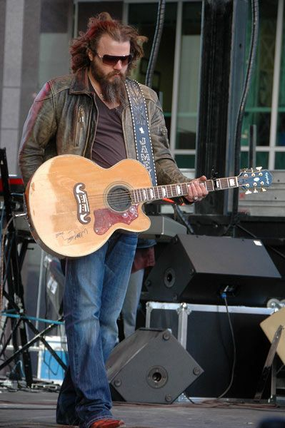 Jamey Johnson is an incredible song writer. He's penned hits for George Strait, Alan Jackson, Trace Adkins, and Joe Nichols. His voice is like whiskey. It so smooth it burns.