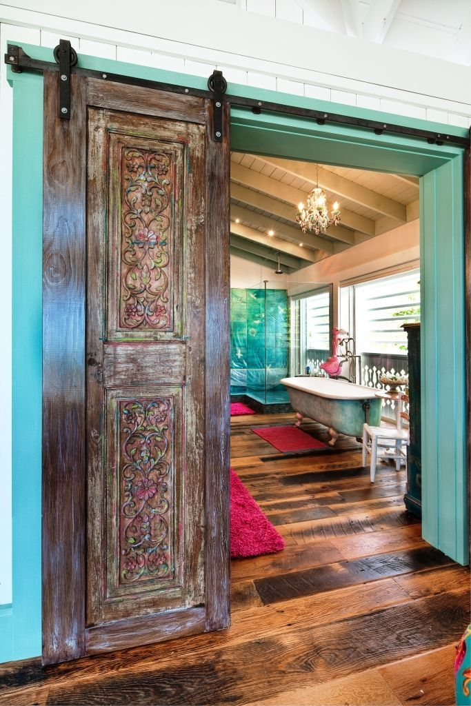 Bohemian, boho, hippie, Moroccan, Gypsy, Hippie Chic are just a few ways people love to decorate their homes. These bohemian decor images will inspire you.