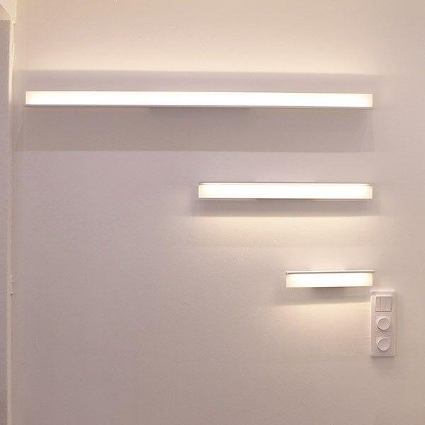 SEINÄVALAISIN WALL BLADE LED 4,2W IP54 3000K 300MM    LED WALL BLADE 300 valaisin on monikäyttöinen kapistus. Valaisimen voi asentaa pystyyn esim. makuuhuoneeseen sängynviereen lukuvaloksi tai vaakaan. Tämä valaisin on kosteussuojattu (IP54) ja sopii erinomaisesti meikkausvaloksi kylpyhuoneen peilin päälle. Led WALL BLADE valaisimella luot myös helposti epäsuoran valaistuksen asettamalla sen niin että valon suunta on ylöspäin. Samaa sarjaa myös 600-ja 1200mm pituiset mallit!
