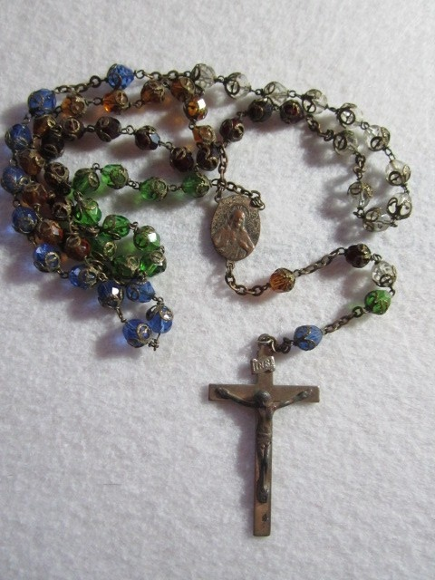 1000+ images about rosaries on Pinterest | Beautiful ...