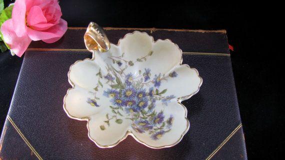 Royal Rudolstadt Germany Porcelain Crowned RW Leaf Shaped
