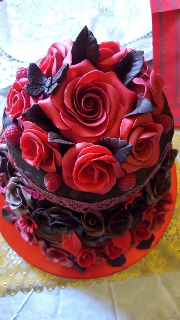 Rose di cioccolato plastico