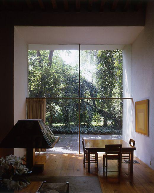 L. Barragan's house, Mexico City: Big Window, Casa Barragan, Living Rooms, Luis Barragán, Mexico Cities, Contemporary Houses, Luis Barragan, Barragan Houses, Home Studios