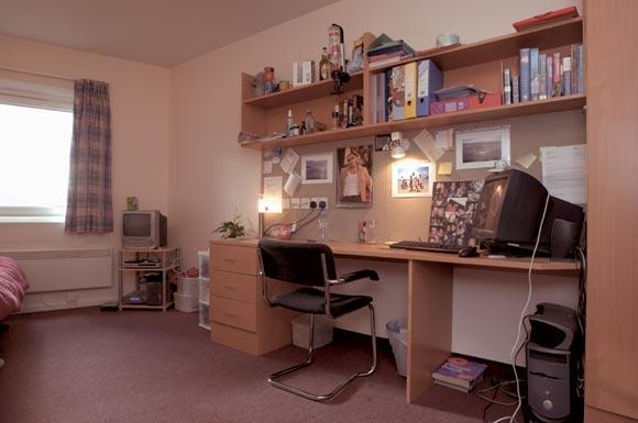 A Standard Single Bedroom In David Bomberg House