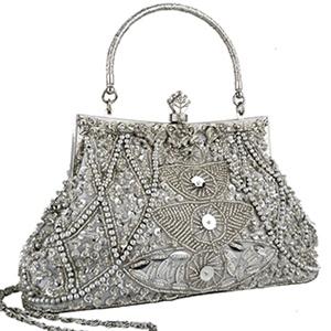 beaded purse <3