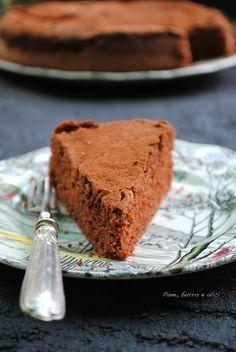 La famosa torta al cioccolato con soli albumi