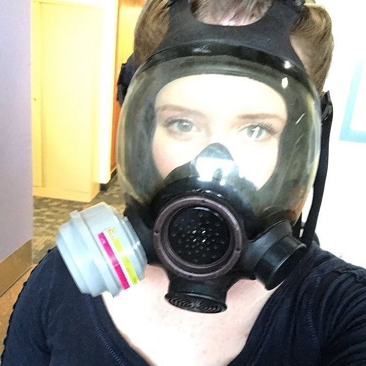 Metro 2033 Wallpaper Hd Gas Mask Girl In 2019 Gas Mask Girl Mask Girl