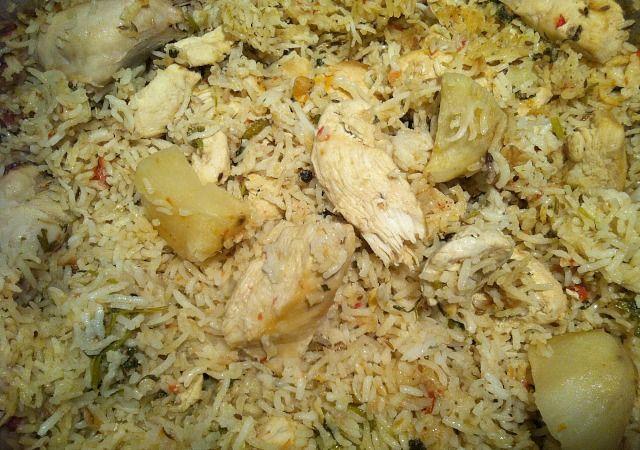 Chicken pilau akni style