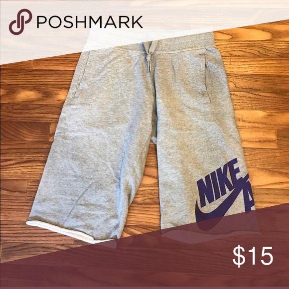 Men's Workout Shorts Size Medium Nike Shorts Athletic