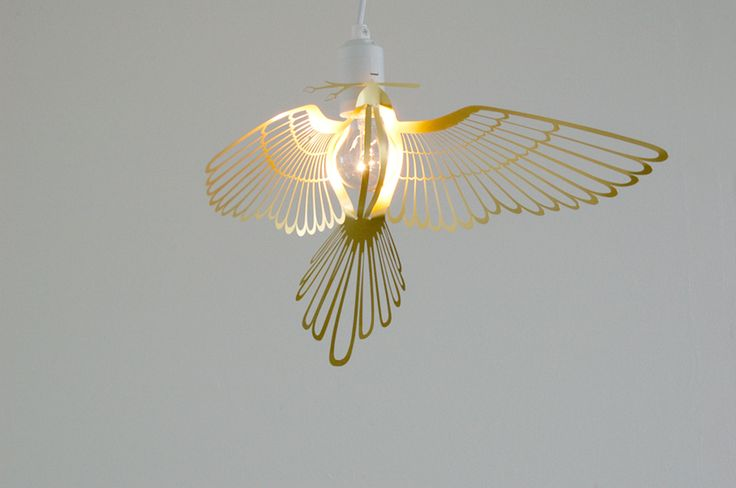 Bird light by HomminBulbs Lights, Hommin Birds, Birds Lights, Trav'Lin Lights, Birds Covers, Metals Birds, Lights Bulbs, Birds Brass, Products