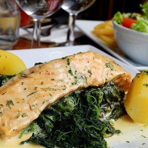 Филе рыбное, запеченное в сметанном соусе