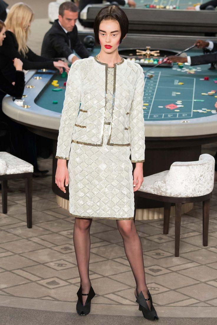 Chanel Fall 2015 Couture Fashion Show - Ondria Hardin
