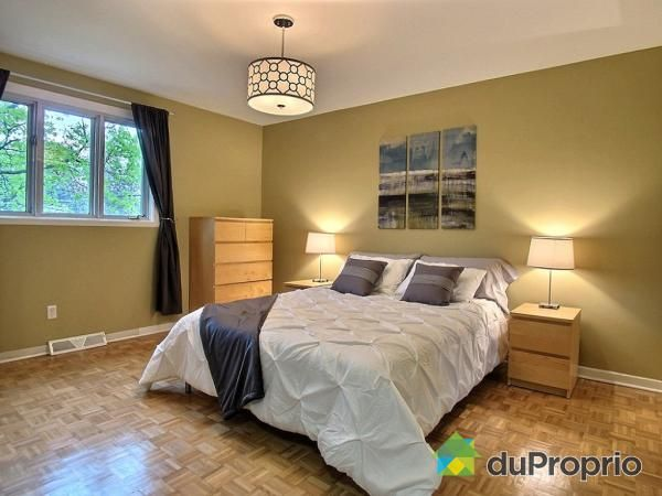 Gray, sand and birch master bedroom. #Homestaging