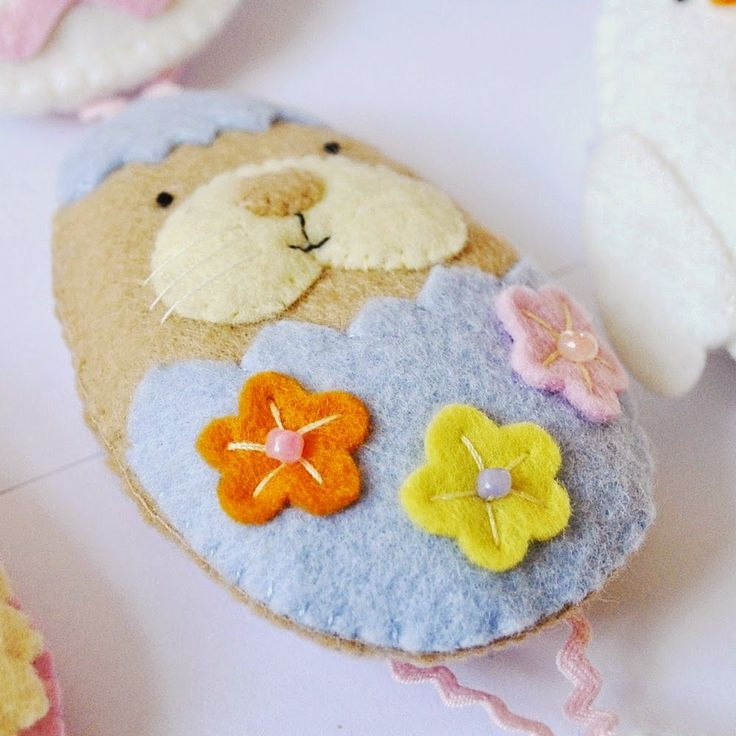 44 best easter sewing projects images on pinterest easter crafts cute easter sewing projects featured at sew whats new negle Image collections