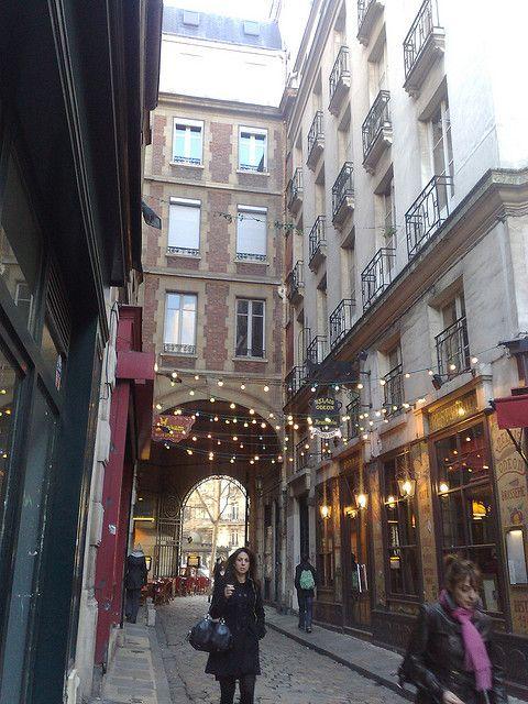 17 best images about paris 6e arrondissement du luxembourg on pinterest statue of - Restaurant rue des bains luxembourg ...