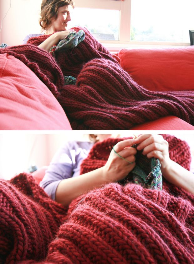 (Photos: by softsweater) A Blanket for Seriously Cold People by Silvia Bo Bilvia is a gorgeously lush and cozy throw knit quickly with 8 skeins of Cascade Magnum (a super bulky yarn) on large needl...