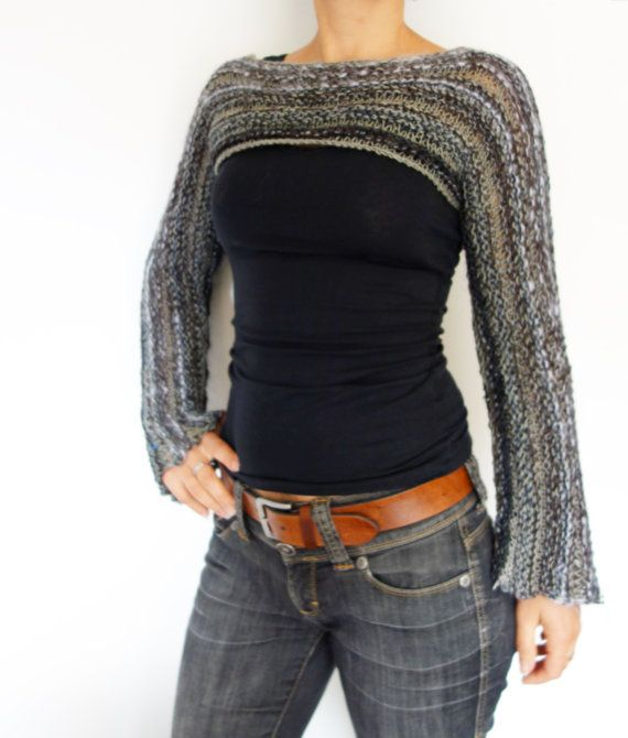 A trendy accessory with large and long bell shaped sleeves that will add to any outfit a bohemian touch. This stunning shrug is made from scrap yarn of various weight and colours, a combination of thick and thin ones. Details on how to combine yarns and other special techniques are explained in the pattern. Knit this for yourself or as a gift for your loved ones!  Level: beginner to intermediate. Size:: S, M, L, XL Materials needed: - needles size 7mm - 250-300yds chunky/arn/worsted...
