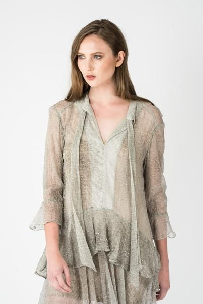 Chalice - Frill Layer V Nack Dress