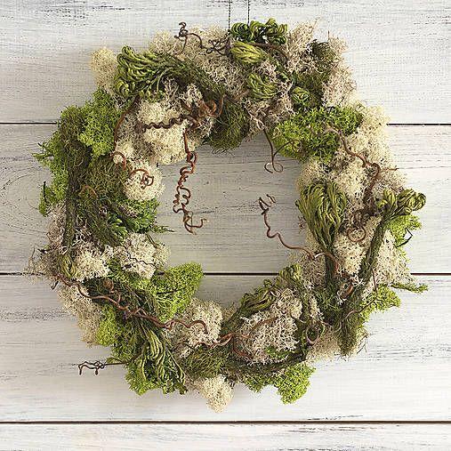 Moss wreath, charmed woods  http://www.sashe.sk/Pipistrela/detail/prirodny-veniec-zacarovana-krajina