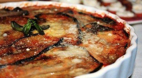 İtalyan Mutfağı'ndan Kolay Bir Lezzet: Parmigiana di Melanzane