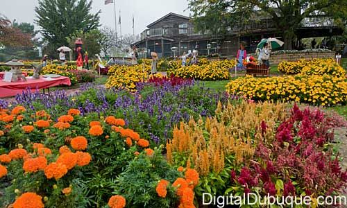 22 best local entertainment images on pinterest corn - Dubuque arboretum and botanical gardens ...