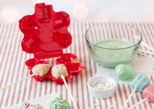 How To Use Cake Pop Mold Celebrate It