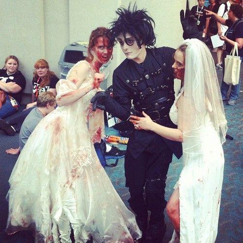 Edward si sposa con la sposa zombie #comicconit #comicconsw #comicconit #sdcc