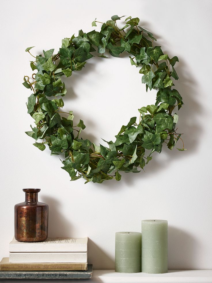NEW Faux Ivy Wreath