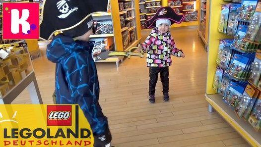 Третий день в Германии Леголэнд Фериндорф, катаемся на горках и лошадке, шоппинг в ЛЕГО сторе и едем в Мюнхен, селимся в отель Germany#3 Lego lend (Feriendorf) Germany Resorts, have fun in the LEGO Park and shopping in LEGO store go to Munich in new Hotel Детский канал Мистер Макс и Мисс Катя !  Спасибо, что смотрите новые серии мое новое видео 2016 !  Телеканал для детей!  Thanks for watching my video!  Baby channel Mister Max & Miss Katy !  Please - Like, Comment...Subscribe to my channel…