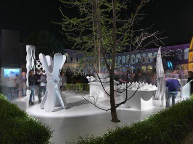 DIGITAL LITHIC DESIGN // Inaugurata al Fuorisalone nell'ambito della mostra-evento ENERGY FOR CREATIVITY, l'installazione accoglierà i visitatori di EXPO fino al 24 maggio