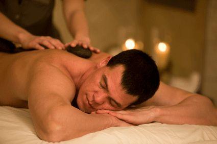 massaggio di nascosto
