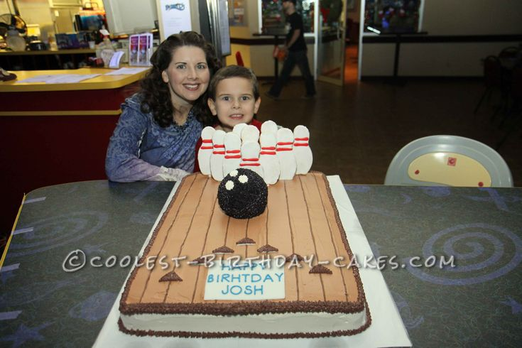 Cool 3D Bowling Birthday Cake... This website is the Pinterest of homemade birthday cakes