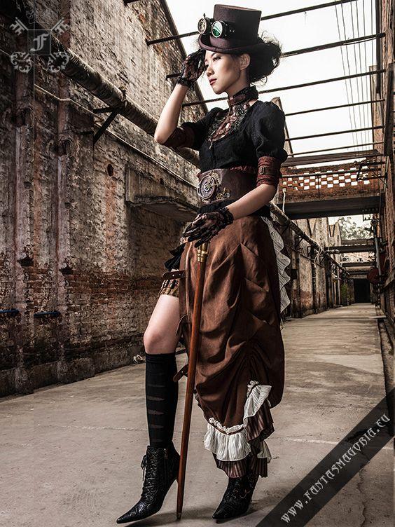 Steamgoth brown skirt