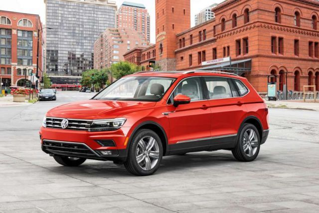 The new 2018 Volkswagen Tiguan Long Wheelbase SUV Model
