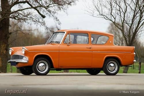 Ford Anglia 105E Deluxe LHD (1975)