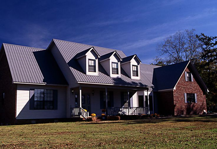 17 best images about red brick ranch on pinterest for Brick house with tin roof