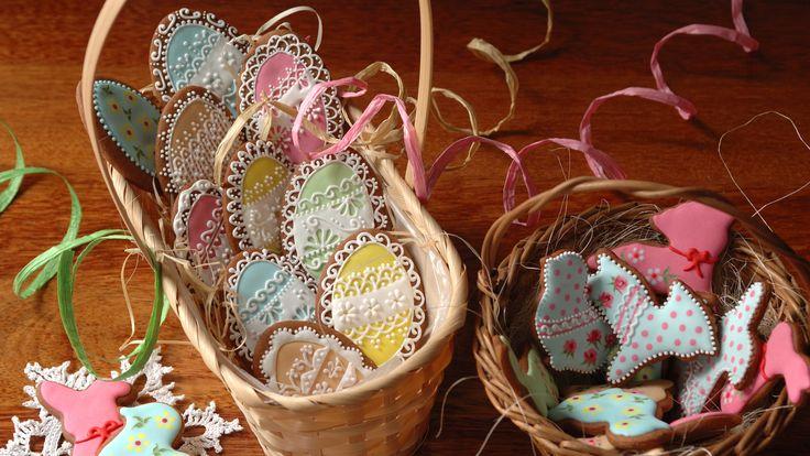 """Easter gingerbread cookies from """"Koronkowe Pierniczki"""":  www.facebook.com/koronkowe.pierniczki"""