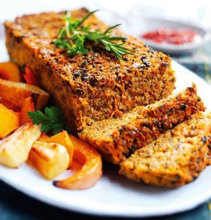 Try this vegetarian sweet potato meatloaf made using meat free Quorn mince. Can be served hot or cold and serves up to 6 people.