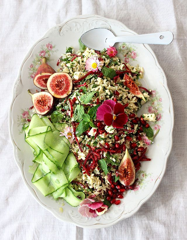 Herbed brown rice salad with mint, feta and beetroot. Girlie pretty and it packs a flavour punch.