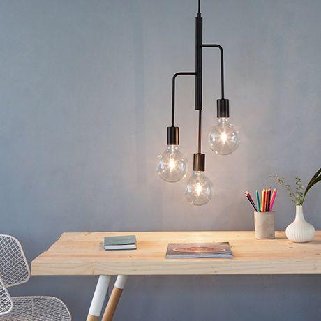 die besten 25 schwarzer kronleuchter ideen auf pinterest gothic kronleuchter schwarzer. Black Bedroom Furniture Sets. Home Design Ideas