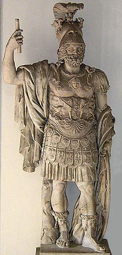 Римский бог войны Марс. Статуя 1-го века до н.э.