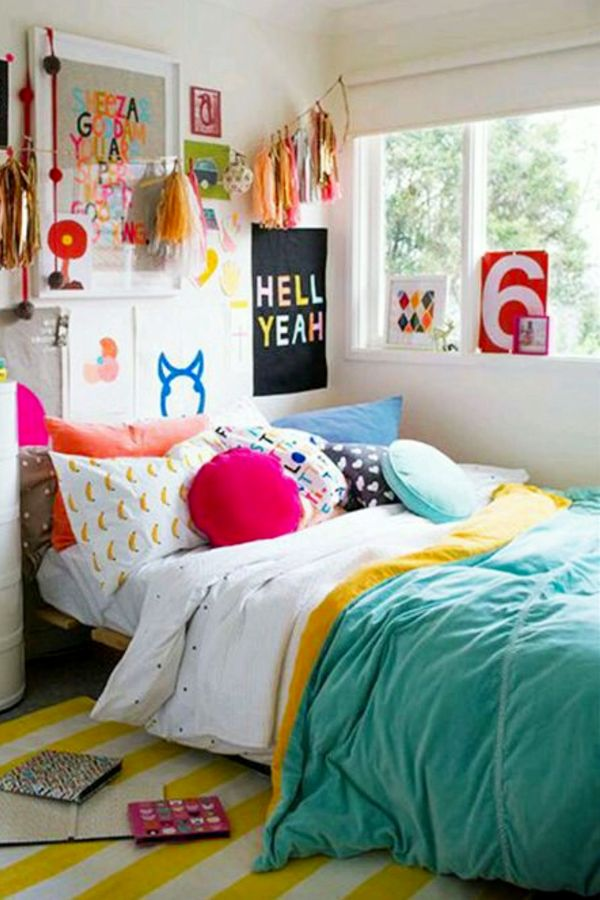 Good Mix And Match Bright Colored Decor For A Bright And Cheerful Room   How To  Decorate