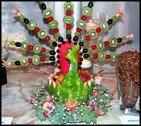 Peacock Carving w Fruit   WOW