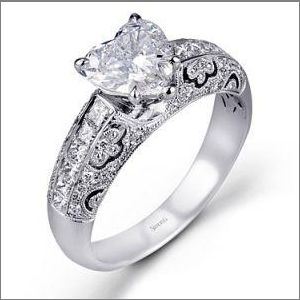 heart shape engagement ring simon G 2