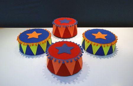 LOCAÇÃO - Bandejas para doces Picadeiro de Circo