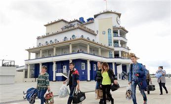 В Салехарде открыто новое здание речного вокзала