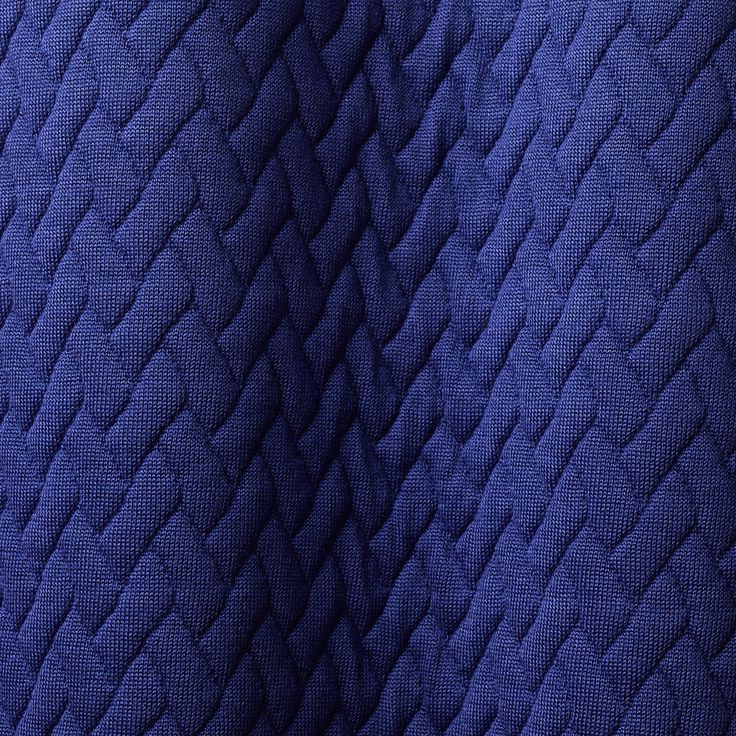 TRICOT TRESSAGE col. 002 by Dedar - Woven pattern with quilted effect. Soft, full-handed and consistent. The padded effect is created by the fabric weave itself (and does not derive from a further manufacturing process) to confer greater strength.